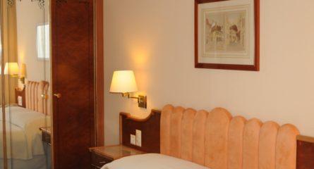 Rénovation de cadre pour une chambre d'hôtel